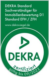 Martje Wilstermann ist DEKRA zertifizierter Sachverständiger für Immobilienbewertung D1 Standard EFH / ZFH.